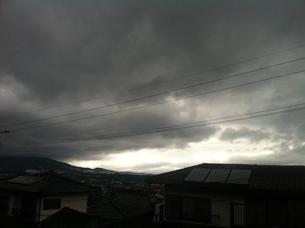 現在、雨は小康状態。