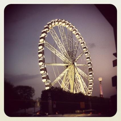 パリ:夏のソルド開始!